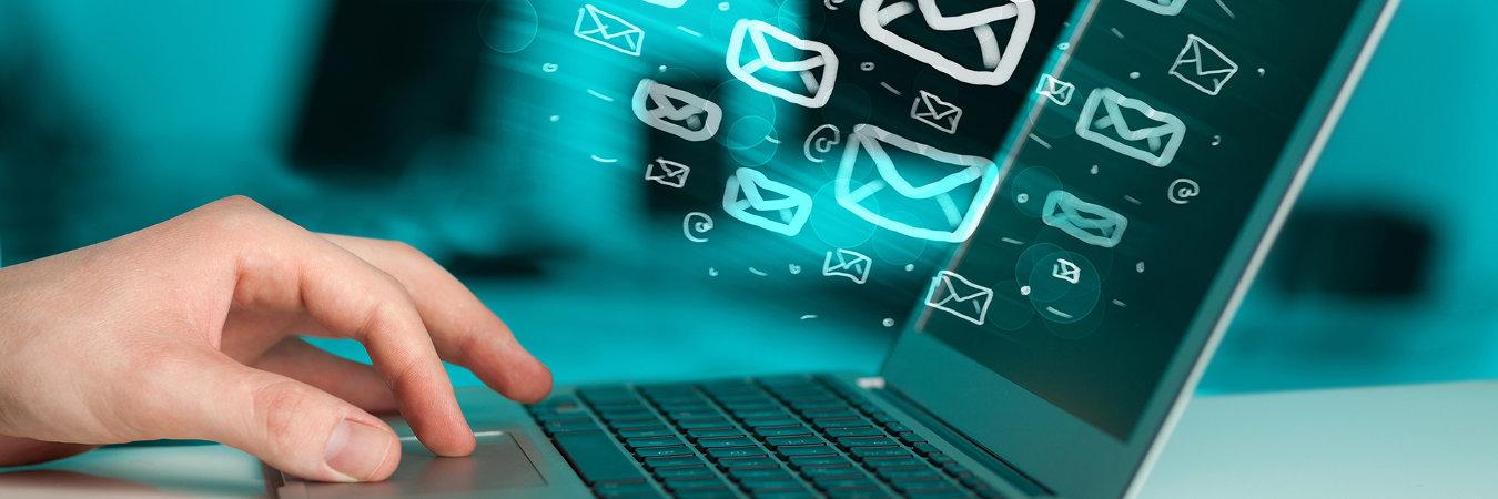 E-mail, mail czymejl?